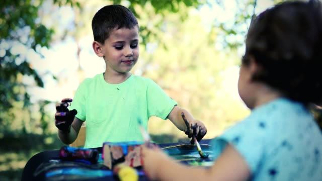 Δημιουργική απασχόληση παιδιών